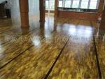 lantai kayu parket jati Grade A Mozaik terpasang di Tempat futsal