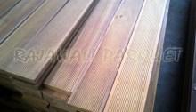 harga lantai kayu tebaru