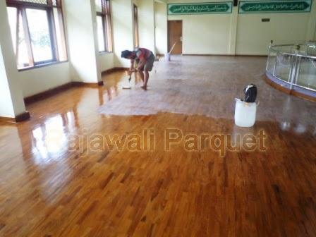 harga lantai kayu Jati finishing