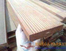 harga lantai kayu outdoor ulin kalimantan