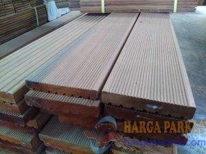 harga decking kayu jumbo