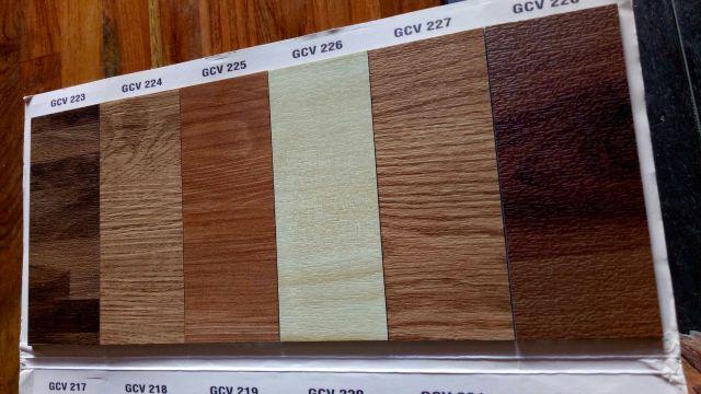 Pilihan Warna Lantai Kayu Vinyl