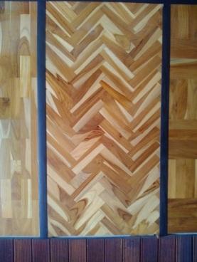 lantai kayu model herringbone
