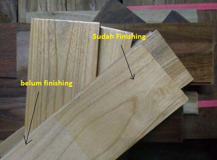 Perbedaan parket kayu Jati sebelum dan sesudah finishing